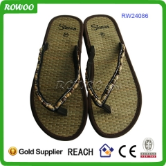 ROWOO mujeres Floral Seagrass Flip Flops